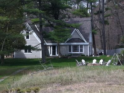 Photo for Charming Lakefront Cottage in the Woods