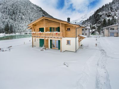 Photo for Lodge Eagle's nest at Tauerndorf Enzingerboden with lakeview and ski in & out