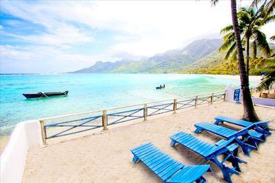 Gorgeous beachfront location for your beachfront bungalow! Best beach in Moorea!