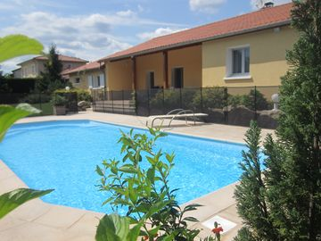 Search 935 holiday rentals