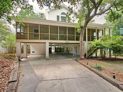 Photo for Barefoot Bunch: 5 BR / 4 BA house in Pawleys Island, Sleeps 10