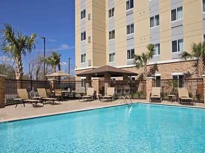 Photo for Outdoor Pool + 24 Hour Fitness Center | Studio Near Houston Medical Center