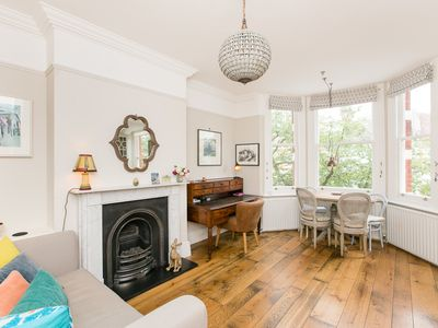 Photo for One Bed Apartment ideal for 2 in popular Notting Hill (Veeve)