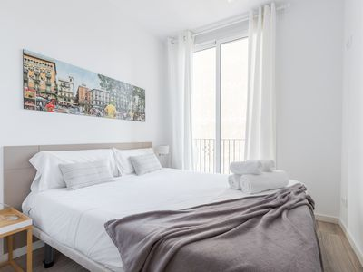Photo for Spectacular apartment, for 8 people, well connected