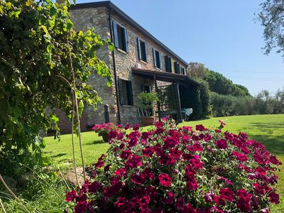 Photo for Villa immersed in nature near Padua and Venice, breathtaking view golf green