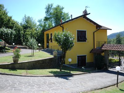"""Photo for Holiday Apartment """"IL VIGNETO"""" .. an oasis of peace 20 km from the sea of the Cinque Terre"""