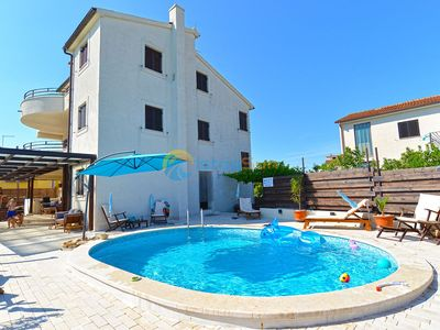 Photo for Apartment 1787/20945 (Istria - Barbariga), Family holiday, 500m from the beach