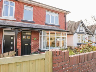 Photo for FERN HOUSE, WHITBY, family friendly in Whitby, Ref 1000345