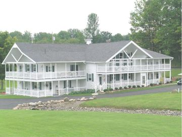 Our Country House, 3 Miles From Downtown Bemus Point, Short Ride To Chautauqua !