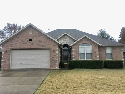 Photo for House in Central NWA—20 min from U of A Campus!