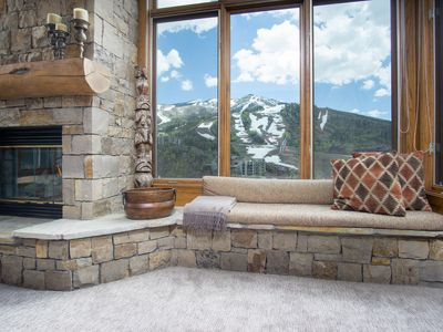 Photo for Townhome Overlooking the Mountain - Incredible Views!