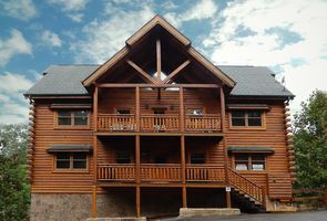 Photo for 6BR Cabin Vacation Rental in Sevierville, Tennessee