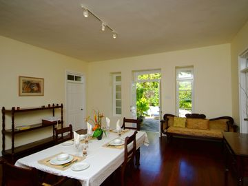 Inchcape Seaside Villas right on Silver Sands Beach - Courtyard, 2 bedroom plantation style house