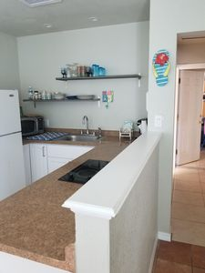 Photo for ELLIE'S FLORIDA OASIS  ~PETS are FREE  ~Heated Pool/Spa  ~Super Clean  ~Sleeps 5