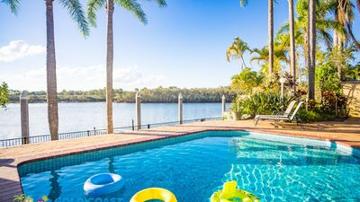 Photo for GOLD COAST HOLIDAY HOUSES  - CASTAWAY AT THE GREENS