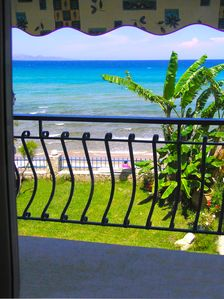 Photo for 12 Seafront Studios-Amazing Seaview- 24 to 36 pers