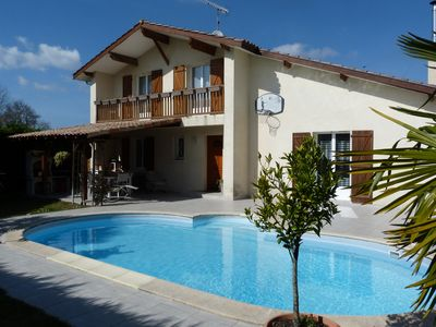 Photo for House any comfort, heated swimming pool, Plancha, WI-FI, calm close center