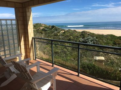 Photo for Luxurious beachfront holiday home perfect for families & friends