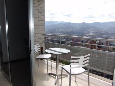 14th FLOOR UNIT WITH PANORAMIC VIEWS