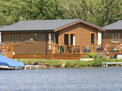 Photo for LAKESIDE LODGE in Tattershall Lakes Country Park, Ref 952523