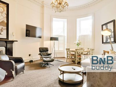 Photo for Luxury George Street Apartments: Edinburgh Suite (3-bed)