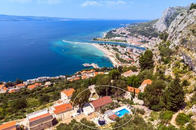 Amazing view with attractive position of villa( 2km from beach and town Omiš)