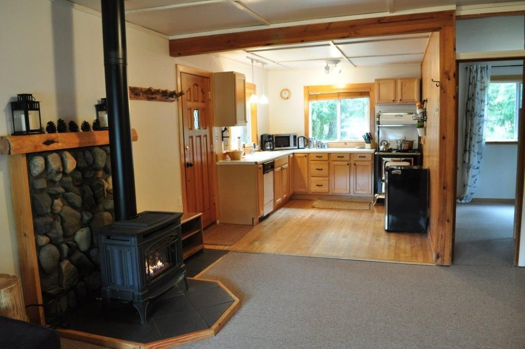 Relaxing, Family Friendly Cabin Right On Sandy River, Mt Hood