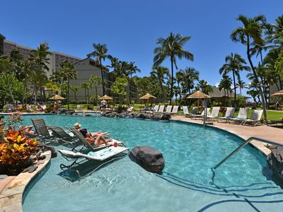 Photo for KS 628 Molokai and North West Maui Ocean Views From Kaanapali Shores! Location!!