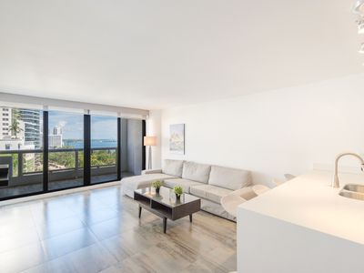 Photo for Amazing Apartment With Dramatic Biscayne Bay Views At The Grand Condominium!!!