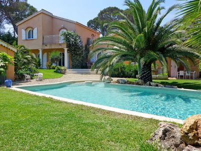 Photo for Beautiful private villa for 8 people with A/C, WIFI, private pool, TV, pets allowed and parking