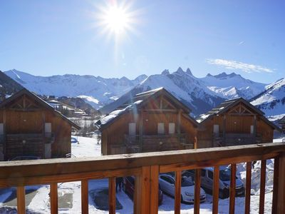Photo for Apartment near ski slopes and ski school, ideal family of 4