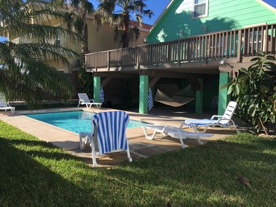 Photo for Sleeps 15- Walk to Beach & Pool- Newly Renovated!