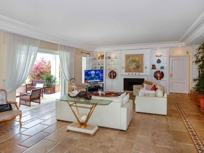 Photo for Superb 5 bedroom Villa in Antibes (Q2987)