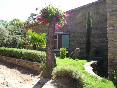 Photo for Antique Holiday Home with Swimming Pool in L'Isle-sur-la-Sorgue