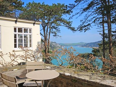 Photo for 4 RINGRONE, family friendly, with a garden in Salcombe, Ref 995078
