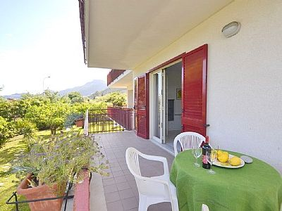 Photo for One bedroom Villa, sleeps 2 in Letojanni with Air Con and WiFi