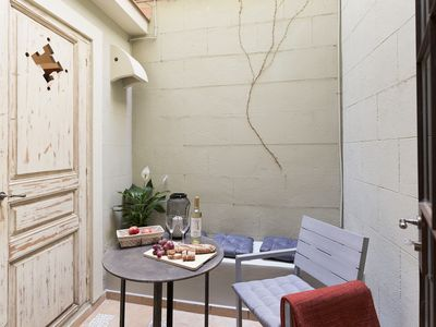 Photo for New! Romantic and cozy 1 bedroom apartment in Gracia