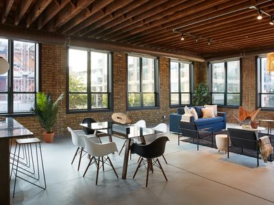 Photo for Spectacular Corner 3BR Loft In Fulton Market, Newly Renovated