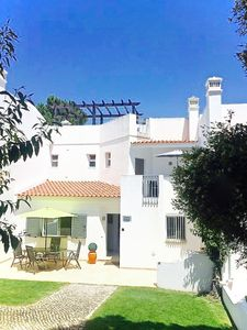 Photo for Fabulous townhouse situated in the heart of Vale do Lobo within minutes