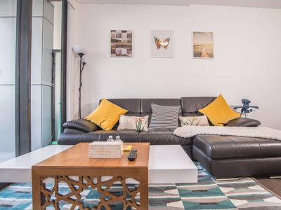 Photo for 2bed2bath APT at Wolli Creek+P* Close to Airport