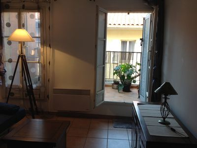 Photo for Duplex apartment with small terrace at the Panier