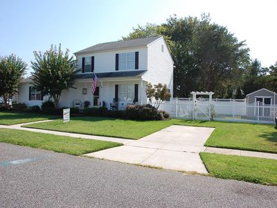 Photo for Sunsets Await You! 3BR/2.5BA 9 Houses to the Delaware Bay. Dog Friendly