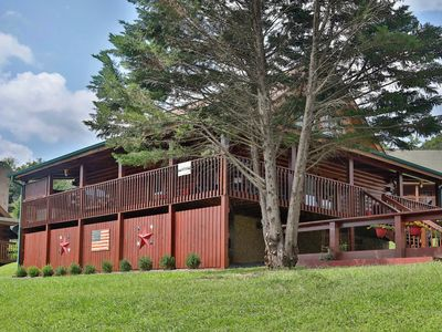 Bear Heaven is the perfect spot to feel like you are living in the Smokies.