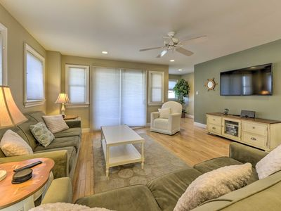 Photo for Wildwood Townhome w/Patio - 1 Block From The Beach