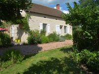 Well situated and appointed property with great grounds in lovely countryside.
