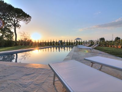 Photo for Typical Tuscan villa near Arezzo, with private pool and sleeps 16