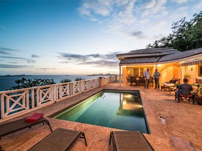 Summer Heights : English owners. Inspired Views, Private Pool