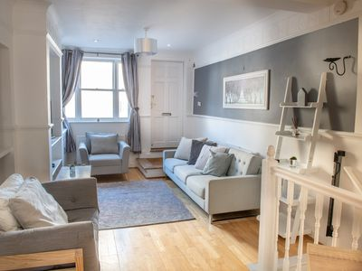 Photo for Amazing 4 bed House in the heart of Cambridge - Can sleep up to 11