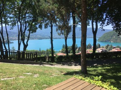 Photo for Stunning apartment with panoramic lake and mountain views