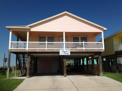 Photo for 3Br/2Ba Minutes From Beach,Community Pool, Sleeps 9